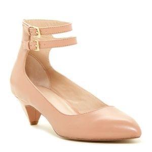 POUR LA VICTOIRE Wila Ankle Strap Kitten Heels - 8